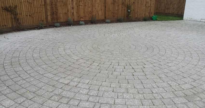 driveway with circular blockwork pattern