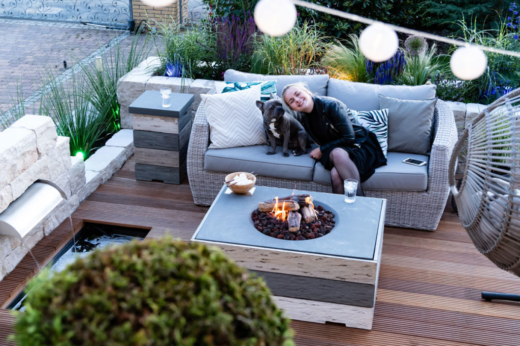 garden seating area and fire pit